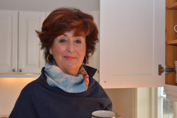 Oddveig Hellebust har levd med kreft i over ti år, men jobber fortsatt og finner rådgivningen til leger som kommer til Villa Sana svært meningsfullt.