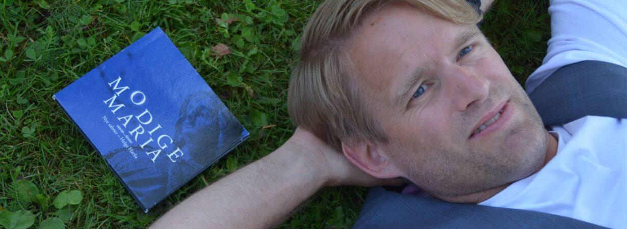 Helge Harila har gitt ut salmeplate
